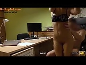 LOAN4K. Man is ready to give chick some money if she