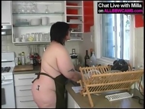 BBW bakes apple pie and then..SUPRISE ! 1 free