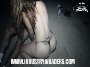 Industry Invaders - Carmen Ross Beach scene free