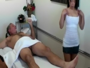 Asian masseuse sucking her client and cant get enough free