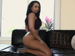 Booty Ava Sanchez Is Sexy Twerking In Front Of Camera