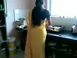 Indian saree ass free