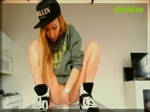 Hot Webcam Asian Teen Rides Her Dildo free