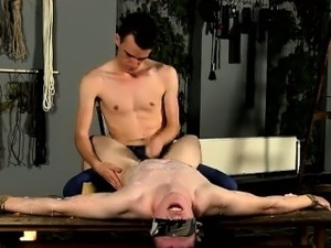 Gay sex The masochistic fellow has his victim trussed down a