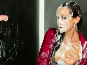 Mature euro hoe slimed in fake cum