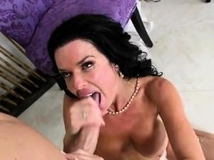 MILF Bride Veronica Avluv Tastes Cum And Licks Dick Clean