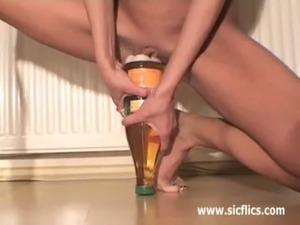 Skinny amateur fucking huge bottles free