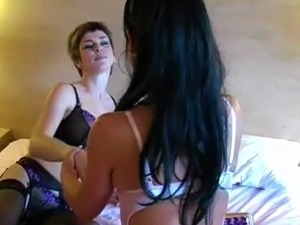Lolly Badcock in lesbian piss game
