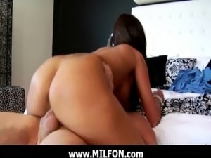 Hunting a super sexy milf for fucking 14 free
