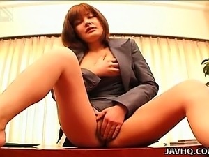 Japanese office babe Anna Yumisaki masturbates uncensored