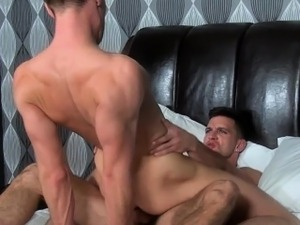 Gay hunk fucking jock with cumswapping climax