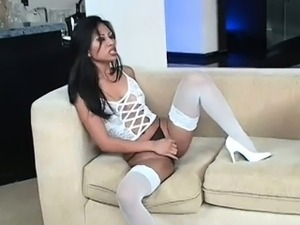 beautiful young indian babe