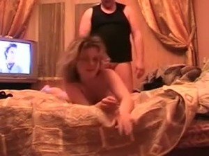 Russian amateur wife gets fucked in the hotel - homemade video