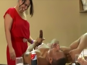 Cfnm party sluts cock sucking free