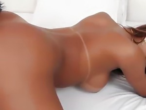 Shemale hottie barebacking her man
