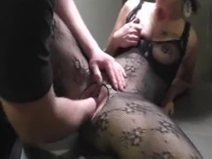 Horny blond milf cant get enough fisting in her greedy fuck hole