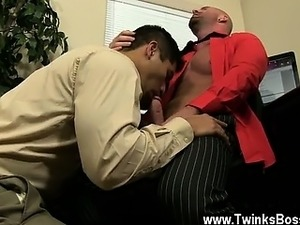 Gay sex After face boning and slurping his ass, Mitch porks