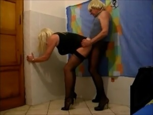 Slaveboy for a crossdresser (9)