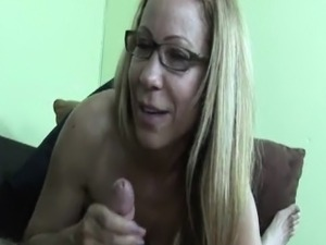Homemade pov tugging sextape with dirty milf