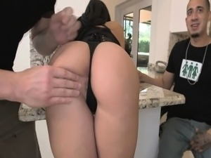 Wicked ass babe Valerie Kay double beej