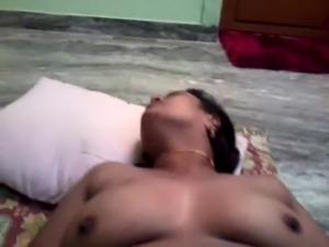 Desi indian Tamil Aunty