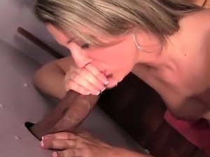 shaft sucking hoe masturbating on gloryhole
