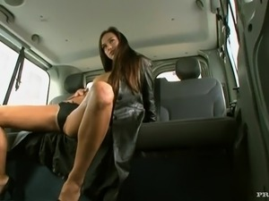Sexy Victoria Sweet playthings Herself And has bumped inside the Car