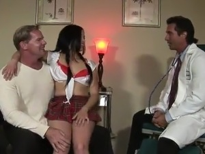 Tricky Man shafts His Erotic Stepdaughter not far from the Doctor