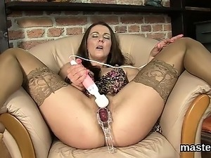 Peculiar czech girl opens up her yummy crack to the extreme