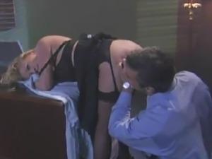 Chief bonks His Blonde Secretary inside His Office