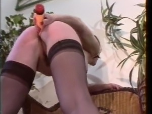 Hairy homemade French Lesbians