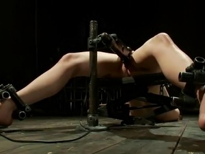 Snapping Awesome Hona Li's rearend Cheeks inside x-rated slavery Vid