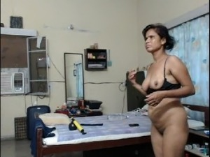 Jalandhar cant servant Monica naked cunt to customers