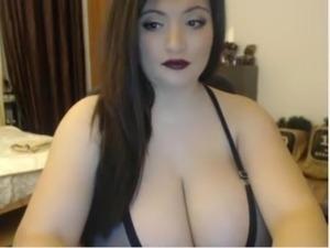 A Primer - Big curvy BBW black brunette