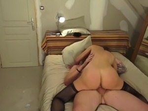 French cougar Janie fucked in stockings