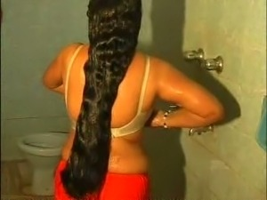 Chunky Indian amateur wife filmed in the shower room
