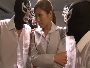 Fascinating Asian chic takes up numerous rods at a go in a thrilling gang bang
