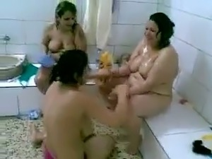 Three chubby perverted Arab ladies were caught taking a shower