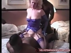 Velvet Swingers Club Party Real Amateur sluts fucking BBC