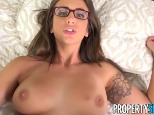 PropertySex - Boat captain fucks hot real estate agent