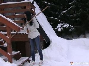 Snow shoveling teen strokes pussy