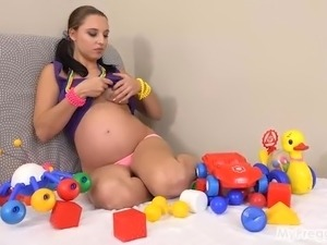 Pregnant Alyssa Fucks Herself with Toys!