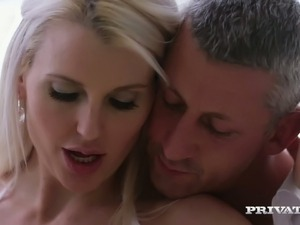 Bonny blond fuck doll in white nightie Lexi Lou sucks her buddy off in bed