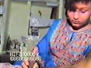 Horny Pakistani housewife sucking big dick on camera