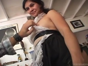 Hot hairy pussy woman goes foor awesome fuck