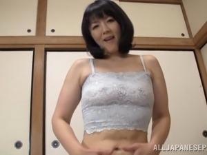 Japanese mom Hitomi Enjou gives a blowjob in hardcore POV