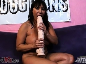 Busty cougar Ava Devine fulfills her desire for hard meat and hot jizz