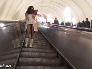 Jeny Smith pantyhose subway pussy flash