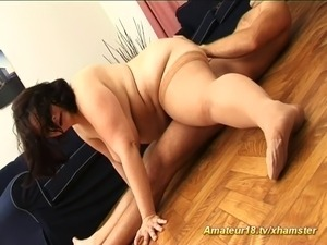 fat extreme flexible houswife