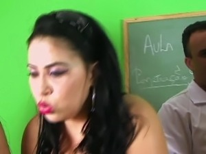 Teacher Soraya Carioca - How to fuck ?